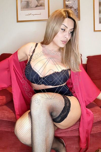 Livia Vasques QUARTO D'ALTINO 3275691221